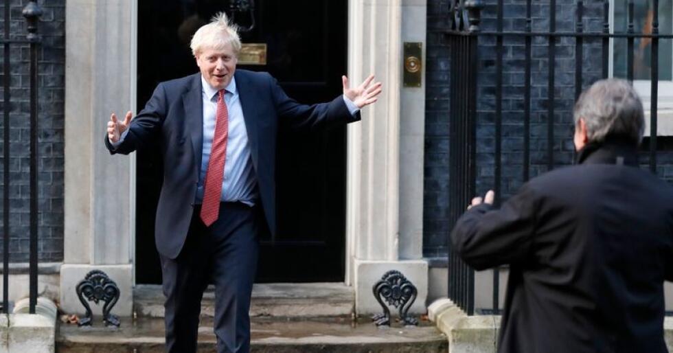 Storbritannias statsminister Boris Johnson ser ikke ut til å bekymre seg for hvorvidt det vil være nok dopapir i landet etter brexit. Foto: Frank Augstein / AP / NTB scanpix