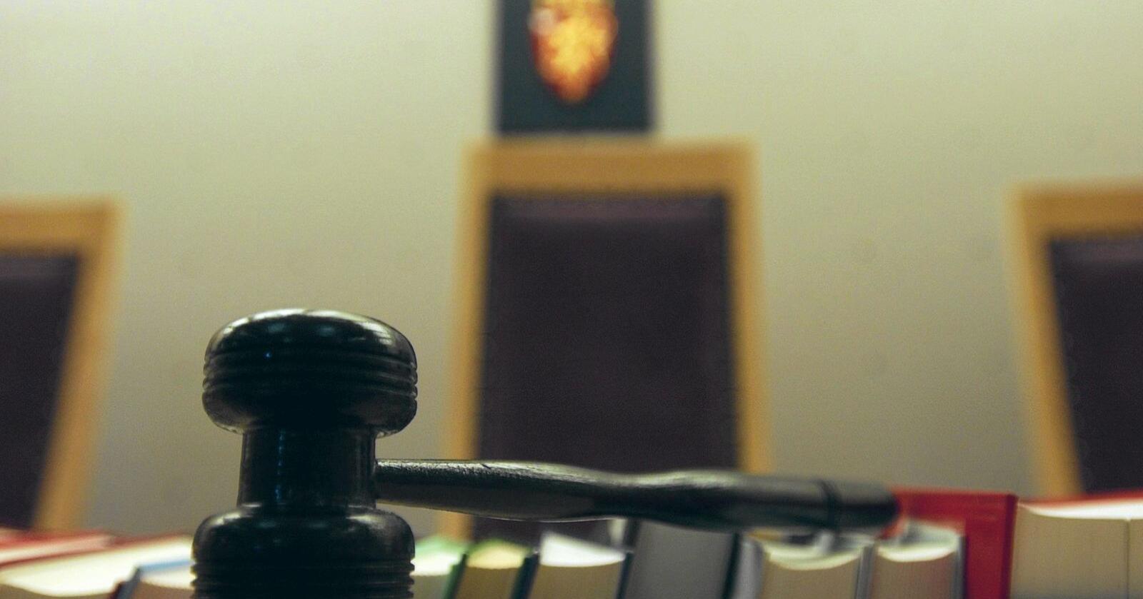 Det er ikke vanskelig å forstå at Domstoladministrasjonen ønsker færre ledere. Jeg håper at forhandlingene i Stortinget har et litt videre perspektiv enn som så, skriver innsenderen. Foto: Siri Juell Rasmussen