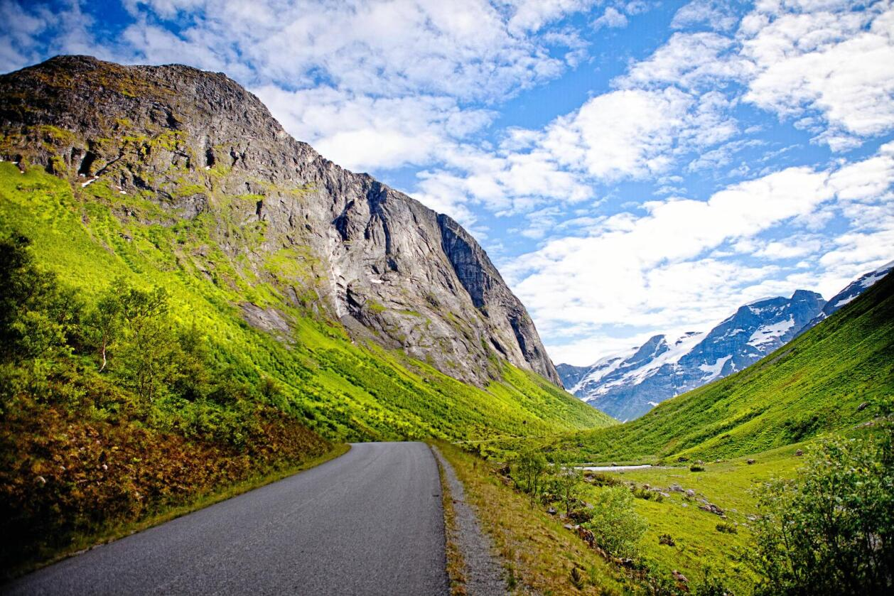 Vakker natur: Norske daler og fjell. Foto: Rasmus Kongsøre