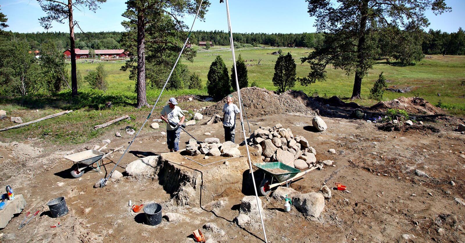 Dyre utgravinger: Arkeologiske undersøkelser kan bli kostbart for grunneiere. Bønder må bli skånet for store merkostnader ved arkeologiske utgravinger etter kulturminnefunn, mener Bondelaget. Foto: Johan Bjurer/Mostphotos