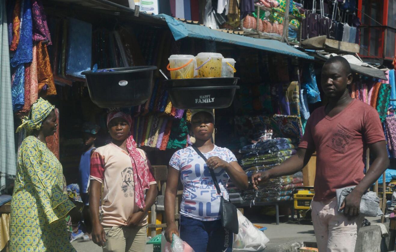 Nigeria sliter økonomisk for tiden. Foto: Sunday Alamba/AP/NTB