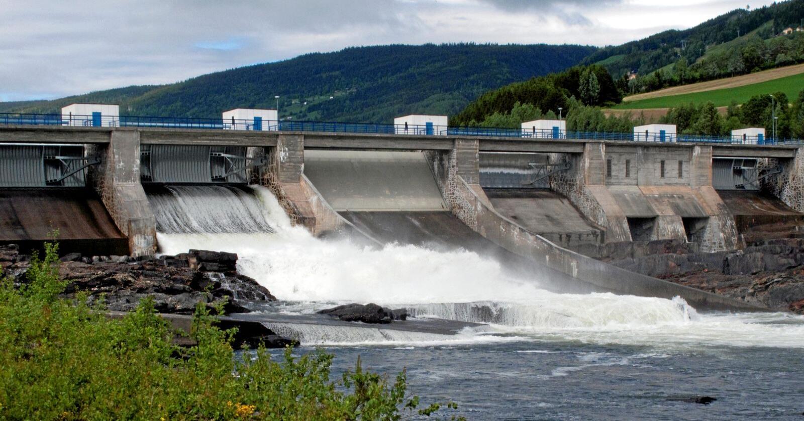 Kraftskatt: Et utvalg har foreslått å overføre kraftinntekter for fire milliarder kroner fra kommunene til staten. Foto: Paul Kleiven / NTB scanpix