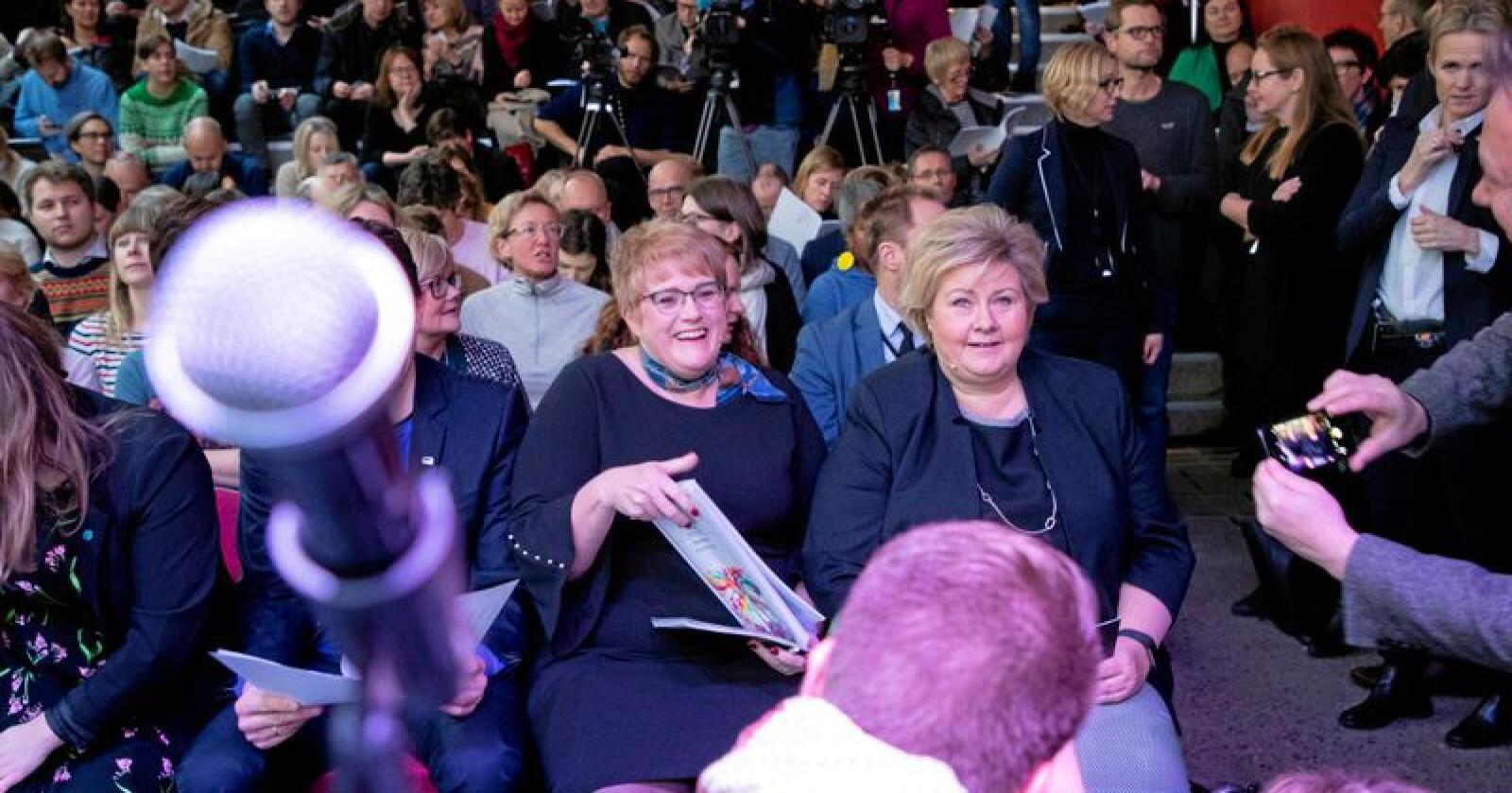 Kulturminister Trine Skei Grande (V) og statsminister Erna Solberg (H) presenterte kulturmeldingen 23. november. Foto: Håkon Mosvold Larsen / NTB scanpix