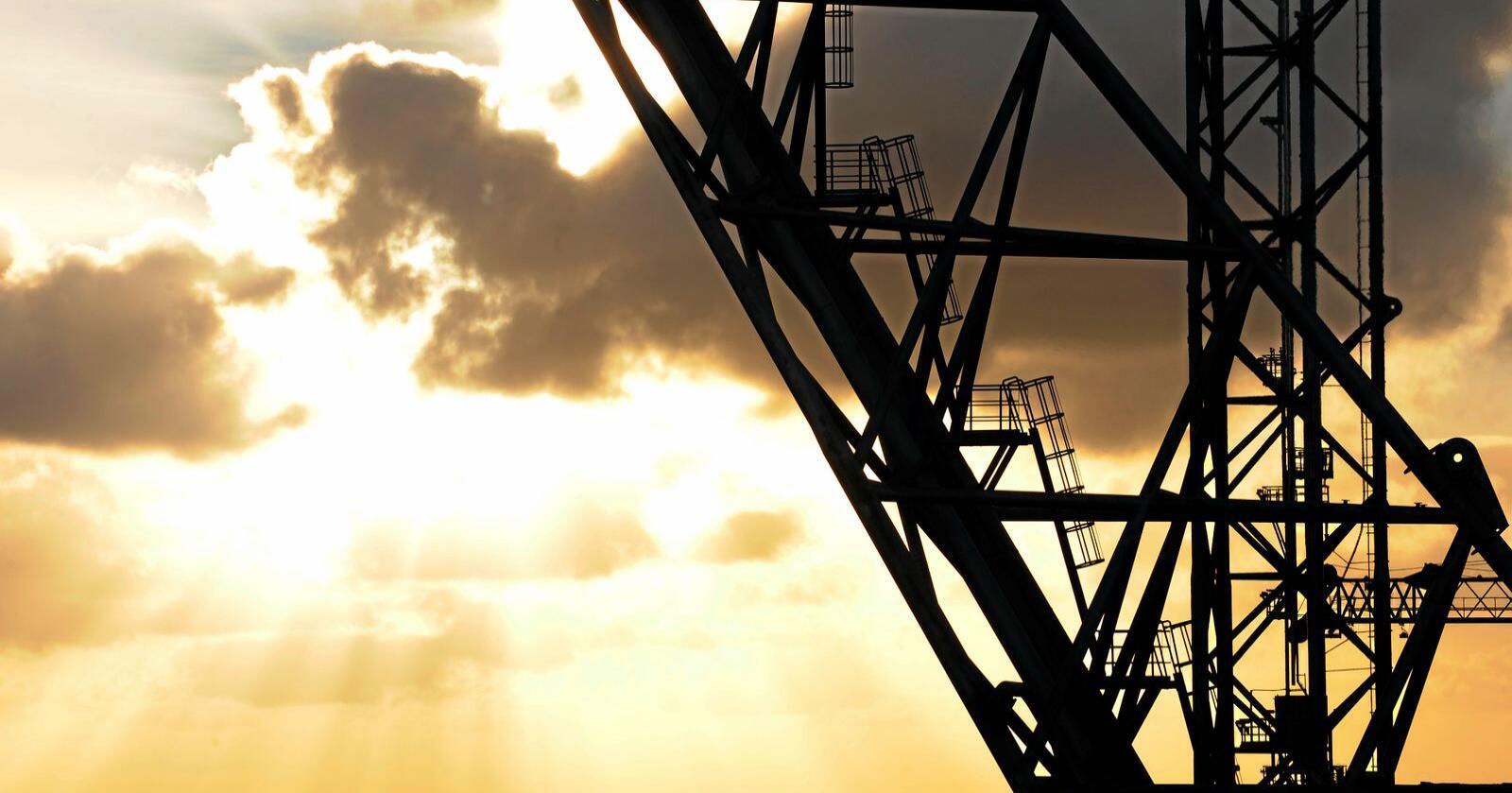 Olje- og gassindustrien globalt investerer mindre enn 1 prosent i rein energi, kjem det fram i ein ny rapport frå Det internasjonale energibyrået måndag. Foto: Marit Hommedal / NTB scanpix