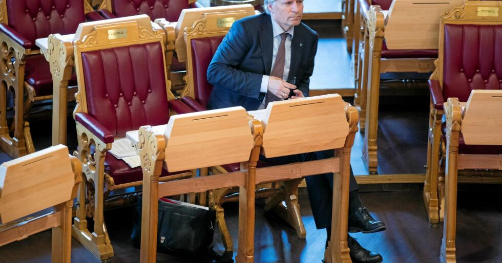All makt i denne sal: Klima og miljøminister Ola Elvestuen på Stortinget.Foto: Terje Pedersen / NTB scanpix
