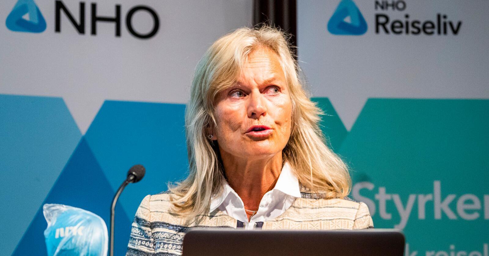 Administrerende direktør i NHO Reiseliv Kristin Krohn Devold under NHO Reiselivs frokostmøte i NHO-bygget på Majorstuen i Oslo tirsdag. Foto: Håkon Mosvold Larsen / NTB