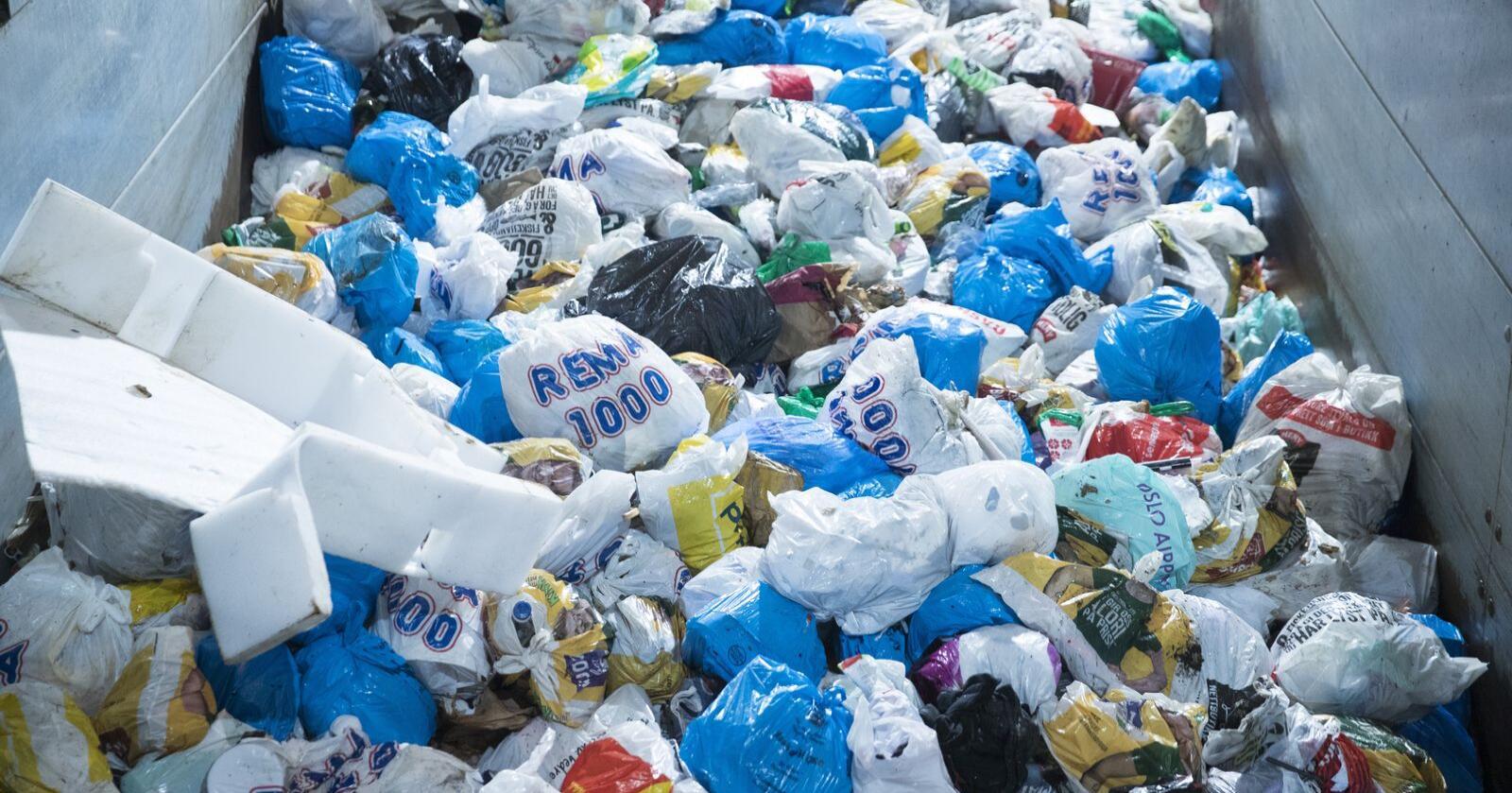 Aldri har oppslutninga rundt kjeldesortering av plastemballasje vore høgare enn dei to siste månadene. Foto: Terje Pedersen / NTB scanpix / NPK