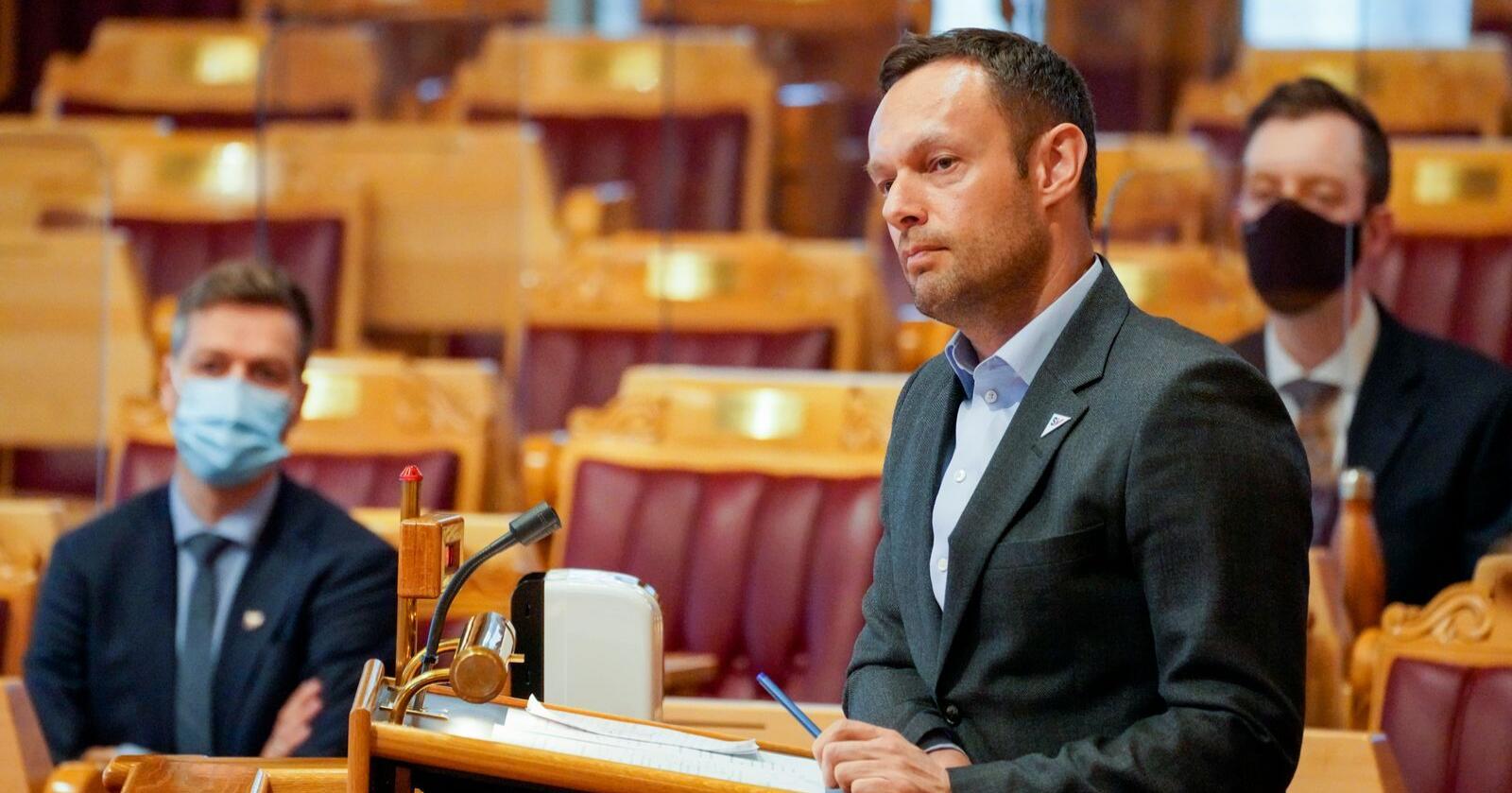 SVs Torgeir Knag Fylkesnes under en spørretime i Stortinget nylig. Foto: Ole Berg-Rusten / NTB