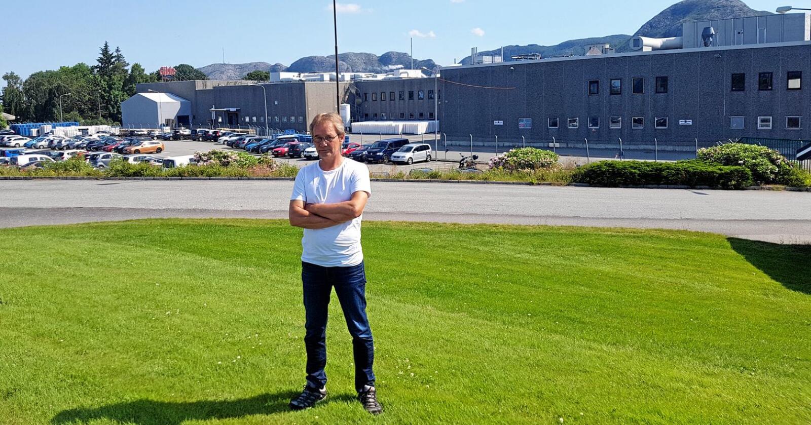 Nedleggingstruga: Planane til Nortura kan ramme over 600 arbeidsplassar berre i region vest, ifølgje Ken Ove Sletthaug. Han er hovudtillitsvald i region vest og klubbleiar ved Nortura Forus, som er eitt av anlegga som er nedleggingstruga. Foto: Privat