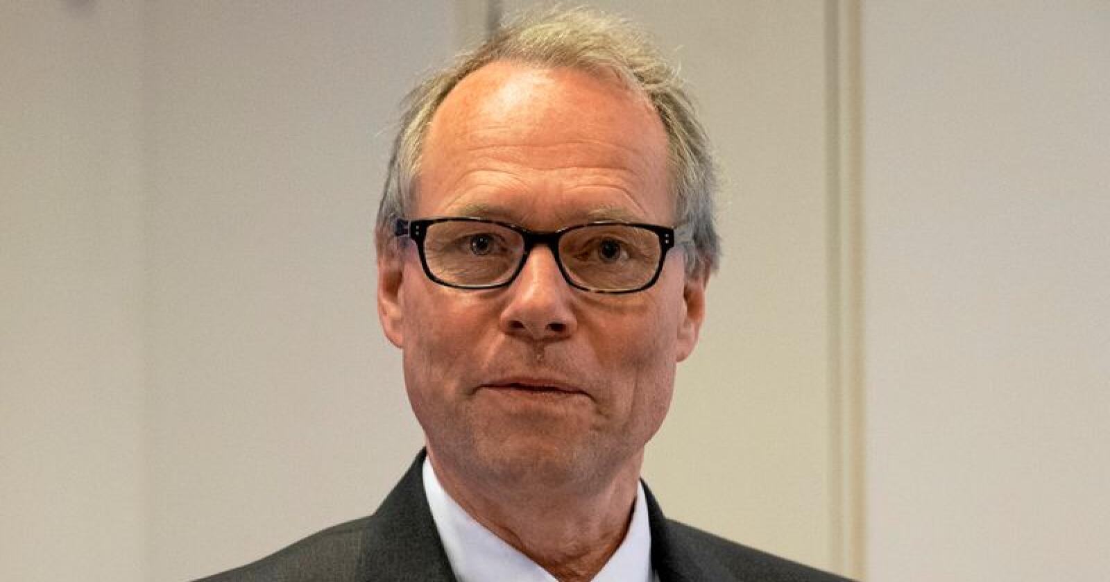 Jusprofessor Hans Petter Graver seier vurderingane av grunnloven i Acer-saken var svært politisert.Foto: Torstein Bøe / NTB scanpix