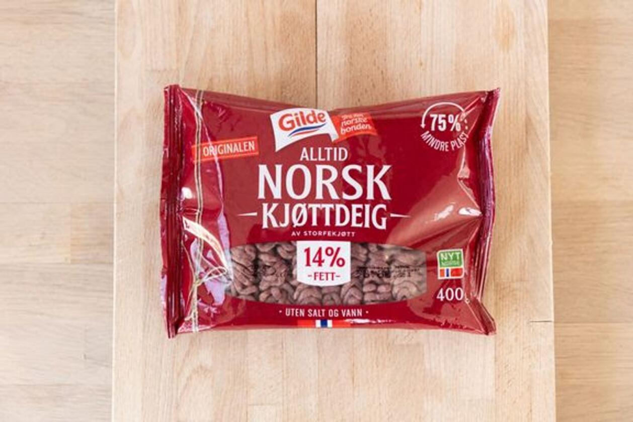Slik ser den nye emballasjen til Gilde-kjøttdeigen ut. Innpakningen skal redusere plastandelen med 75 prosent, opplyser Nortura. Foto: Benjamin Fjerdingstad