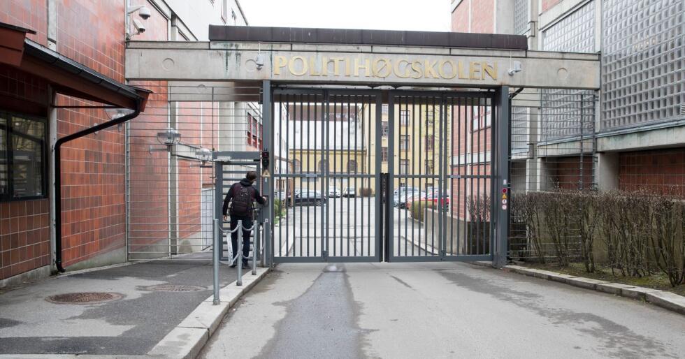 Regjeringen foreslår å kutte antall studieplasser ved Politihøgskolen i Oslo. Ap og SV er mot kuttene, men regjeringen kan ifølge reglene gripe inn og justere antall studenter ved politiutdanningen, påpeker justisminister Jøran Kallmyr (Frp). Foto: Terje Pedersen / NTB scanpix