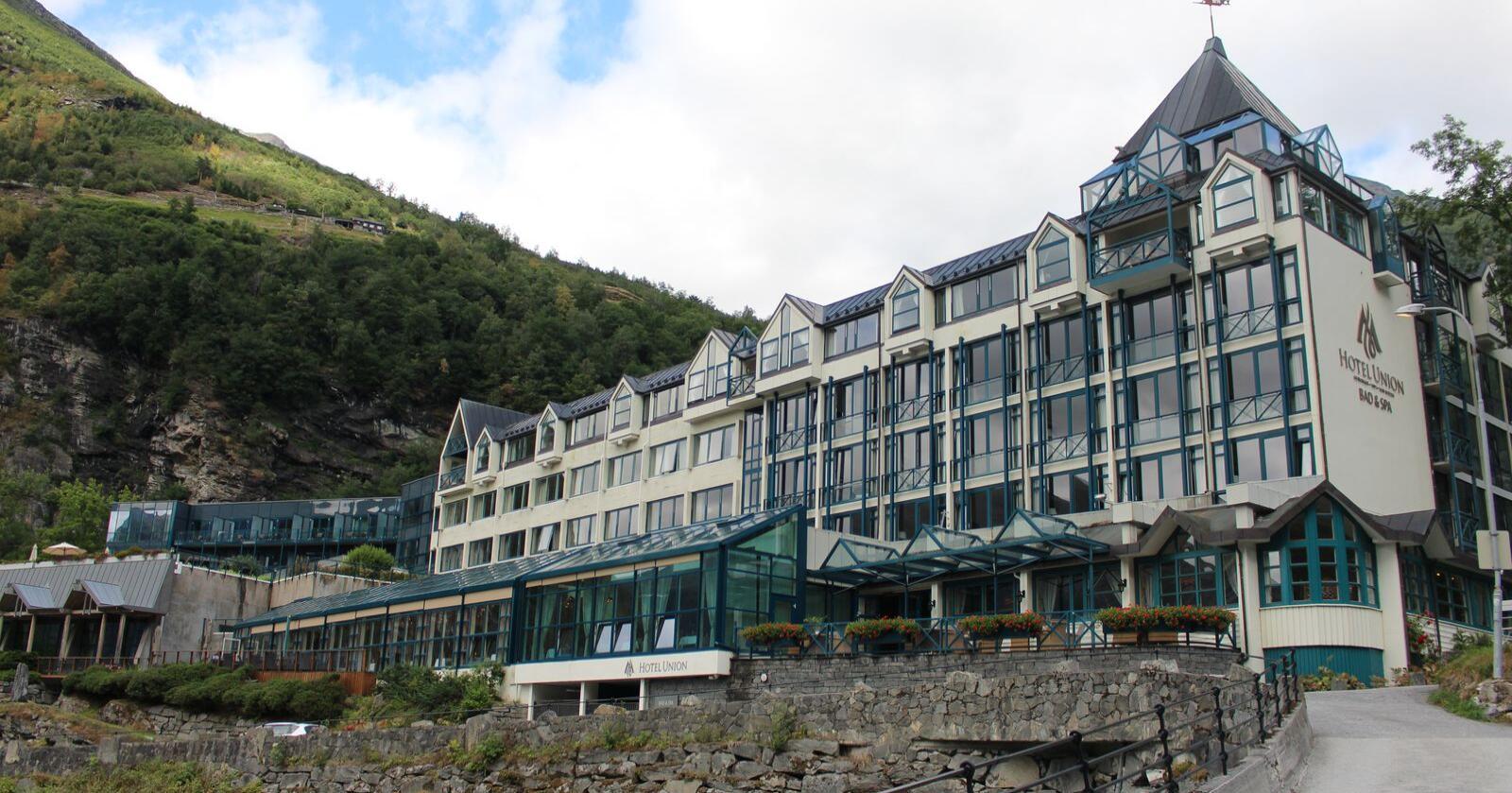 Dei utanlandske turistane har ikkje kome til norske hotell i sommar. På Hotel Union Geiranger er berre om lag fem prosent av inntektene frå utanlandske besøkande. Foto: Peder Skjelten/ NPK