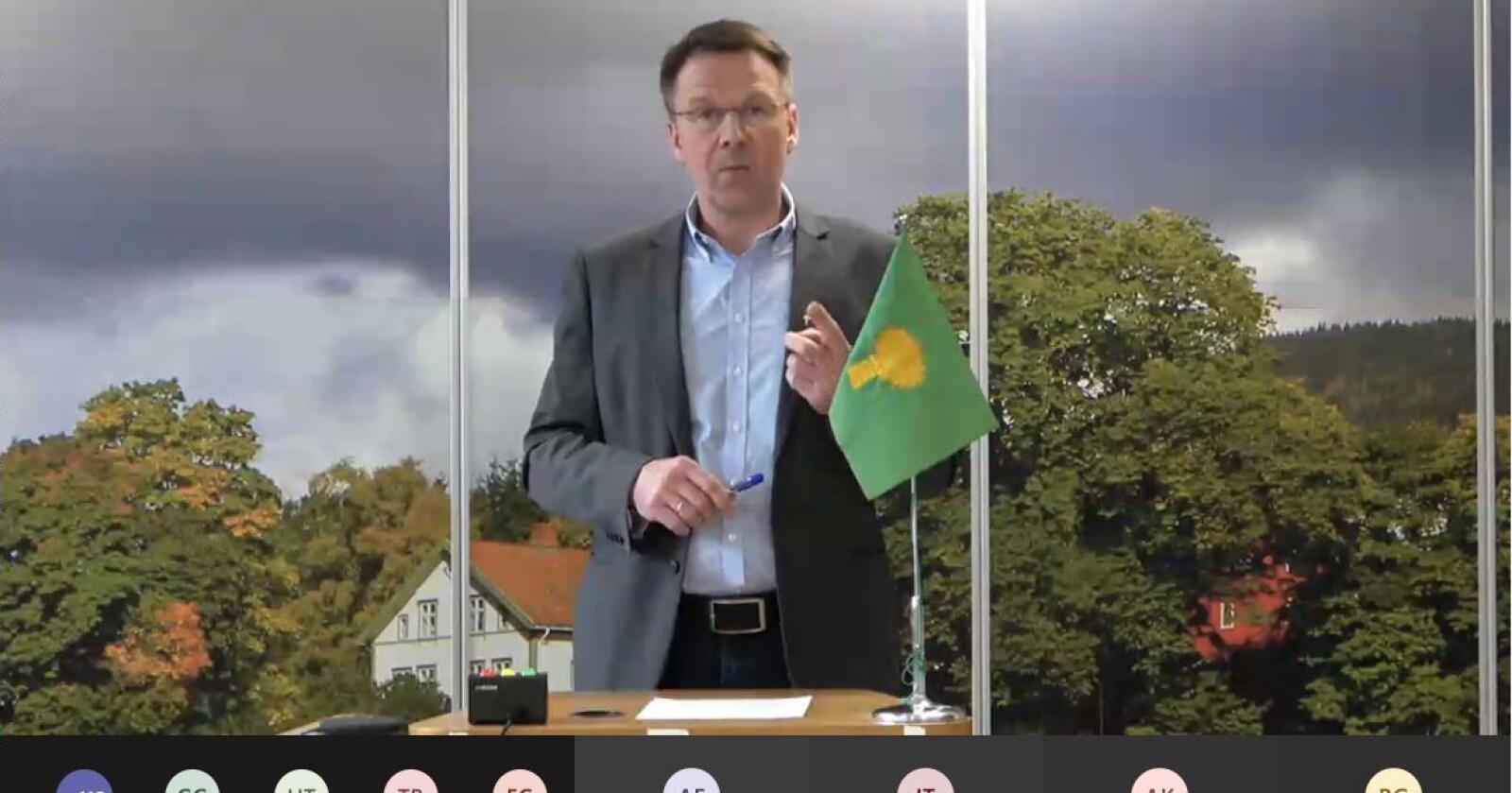 Økonomi: Lars Petter Bartnes under Bondelagets digitale repskapsmøte 25. mars 2021. (Foto: Iver Gamme)