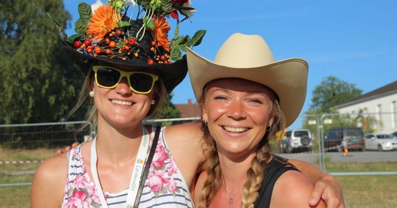 73 gang: NBU sitt landsstevne arrangeres for 73. gang. På bildet ser vi Tonje Grini (t.v.) og Ida Nordberg, begge fra Oppland NBU, fra Landsstevnet 2018 i Kalnes. (Foto: Emma Gerritsen)