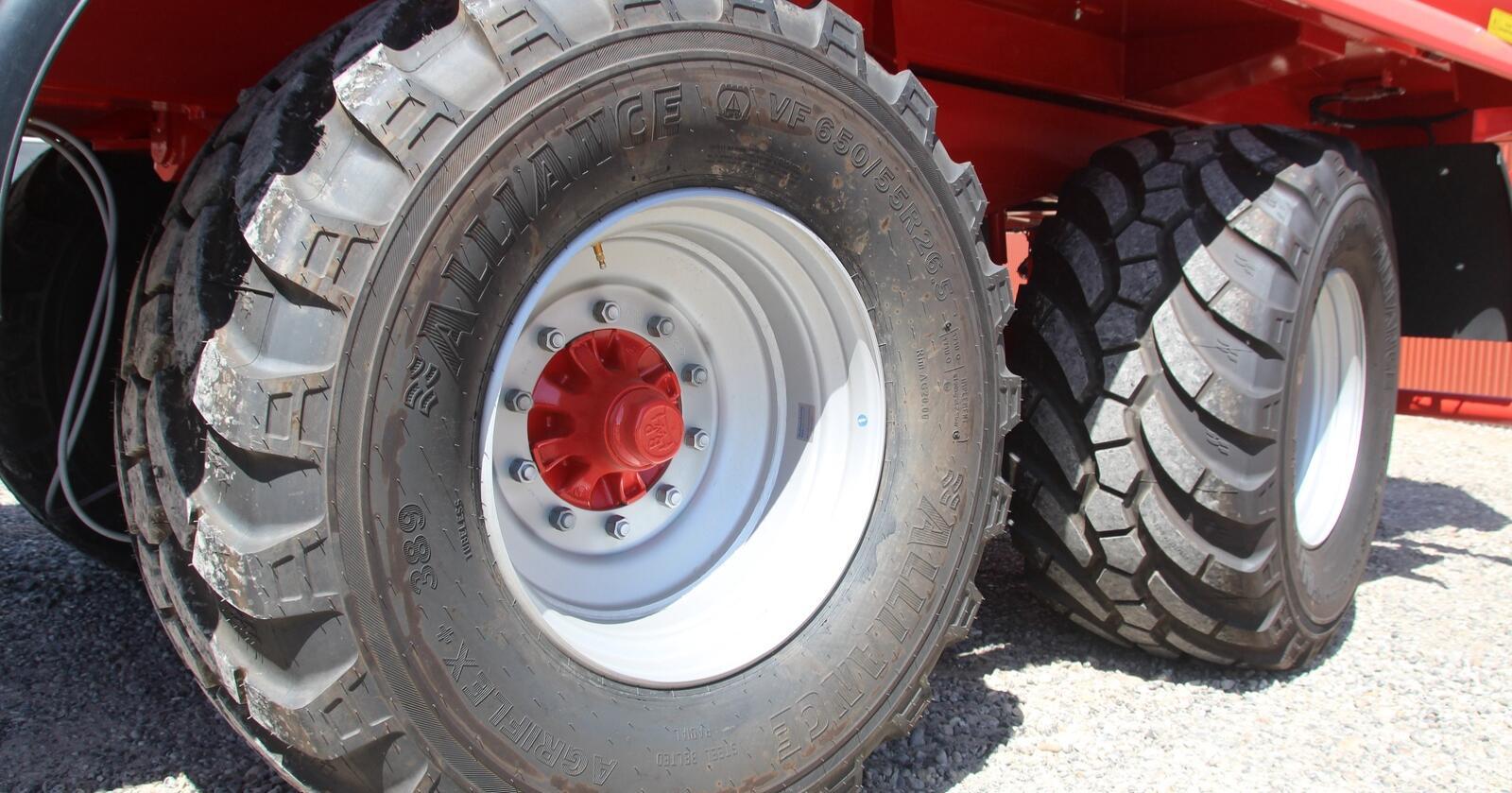 Regulering:  Alliance 389+ er et godt alternativ til gjødselvogner som har innebygget dekktrykksregulering.