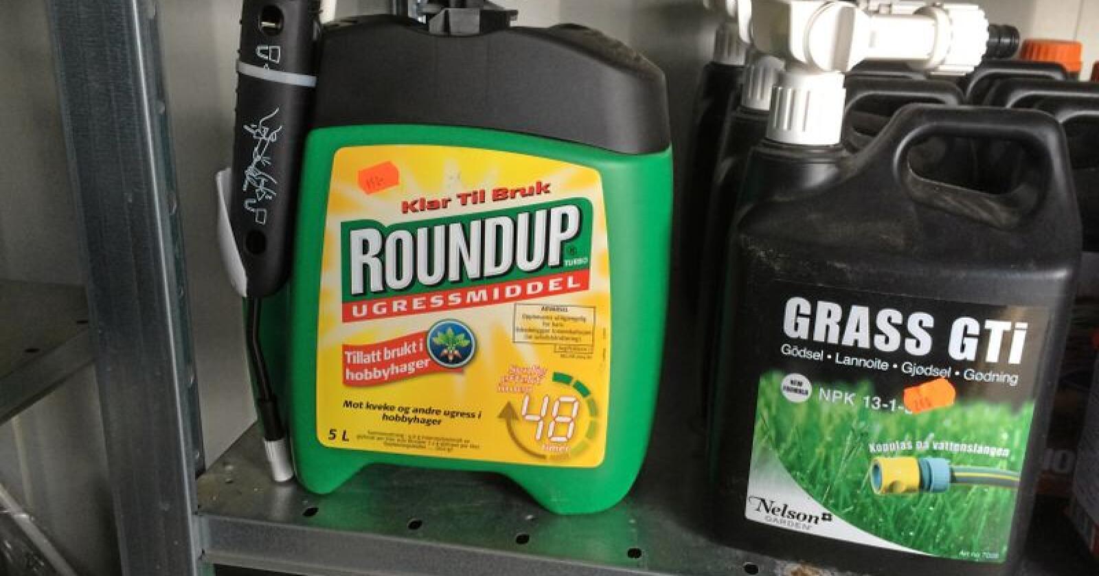 Glyfosat finnes blant annet i Roundup. Foto: Svein Egil Hatlevik