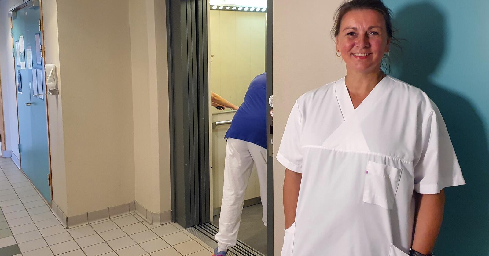 Det er utfordrende å drive kommunal helsetjeneste uten apotek i kommunen, sier Guro Knygh som er enhetsleder i Sømna kommune. Foto: Ola Karlsen