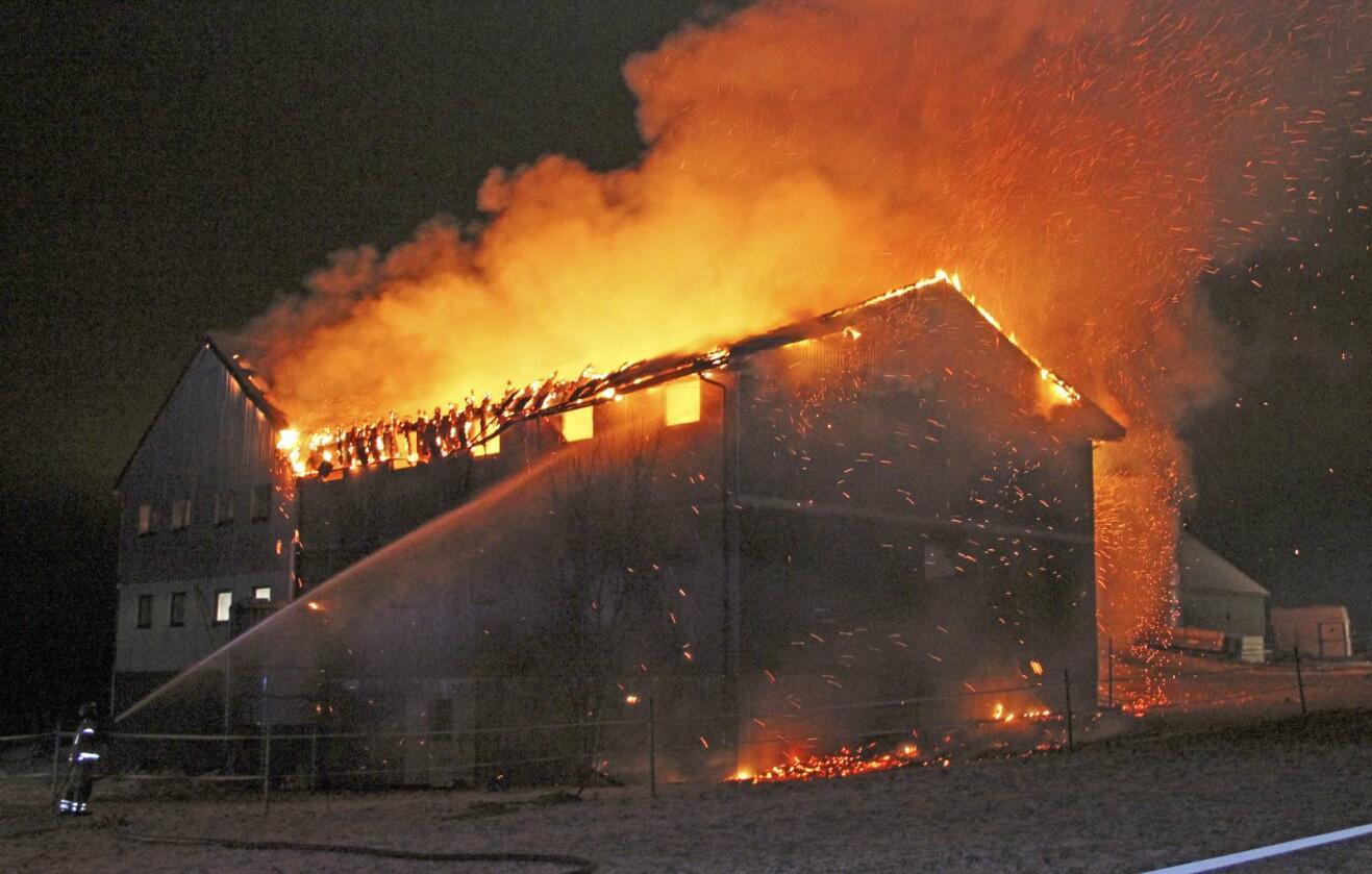 151 driftsbygninger gikk opp i røyk i fjor. Foto: Magne Larsen / Scanpix