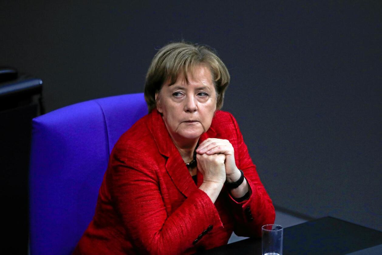 Intern strid: Tysklands statsminister Angela Merkel ble ført bak lyset av sin landbruksminister. Foto: AP Photo/Markus Schreiber