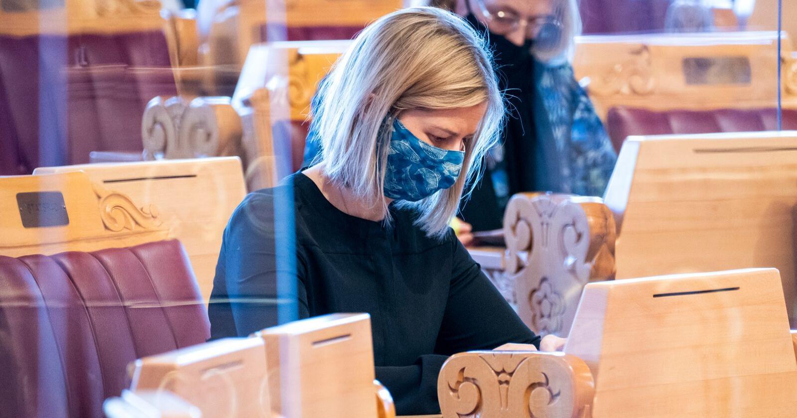 Kunnskaps- og integreringsminister Guri Melby (V) er i karantene etter et smitteutbrudd i barnehagen der barna hennes går. Foto: Terje Pedersen / NTB