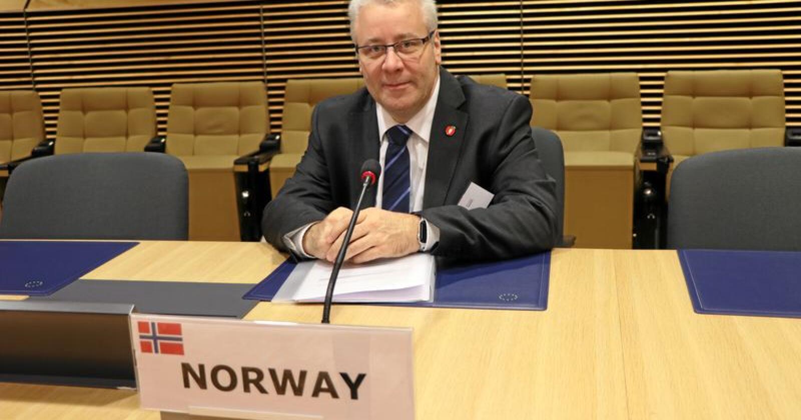 Bård Hoksrud var onsdag i Brussel for å diskutere villsvin og afrikansk svinepest med statsråder i land i EU. Foto: LMD