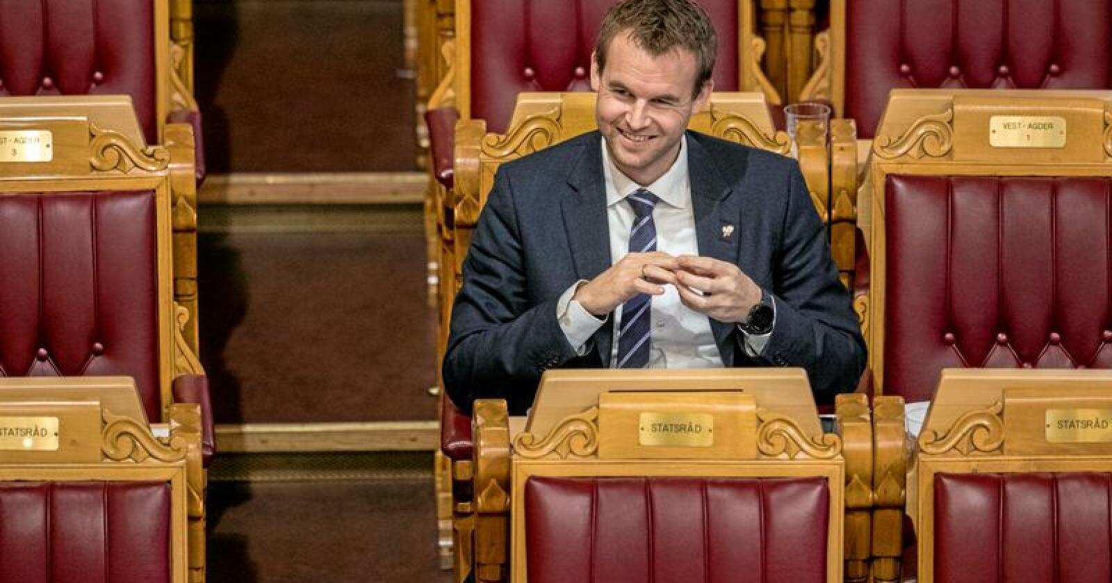 Pelsdyr bør stå høyt opp på prioriteringslista når KrF-nestleder Kjell Ingolf Ropstad skal forhandle med de øvrige Solberg-partiene om regjeringsmakt, skriver leserbrevforfatterne. Foto: Ole Berg-Rusten / NTB Scanpix