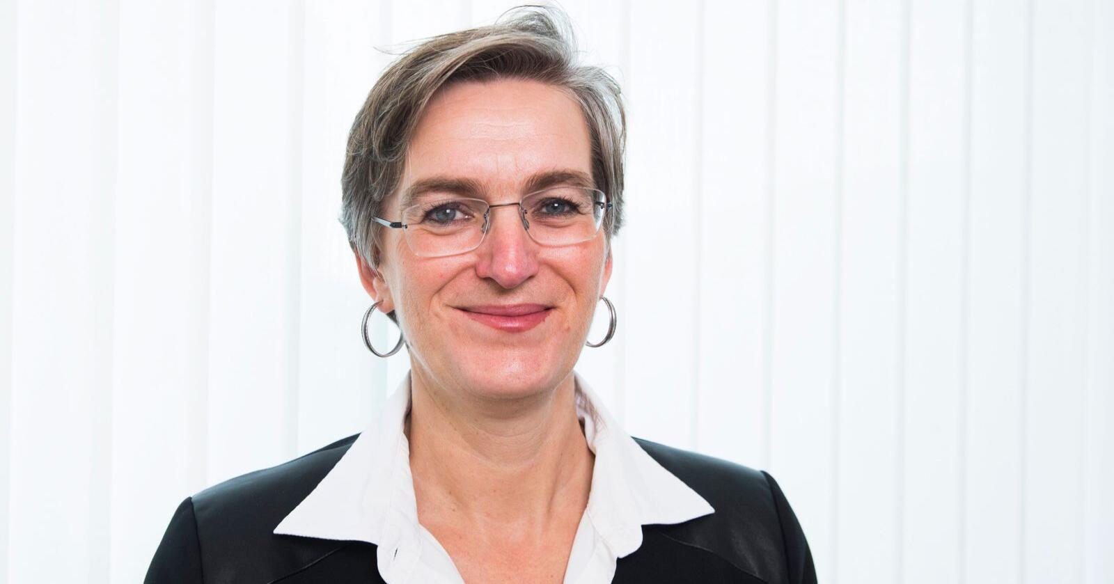 Ellen Hambro, direktør i Miljødirektoratet, seier dei får fleire og betre søknadar frå norske kommunar som ønsker å kutte klimagassutslepp. Foto: Håkon Mosvold Larsen / NTB scanpix / NPK