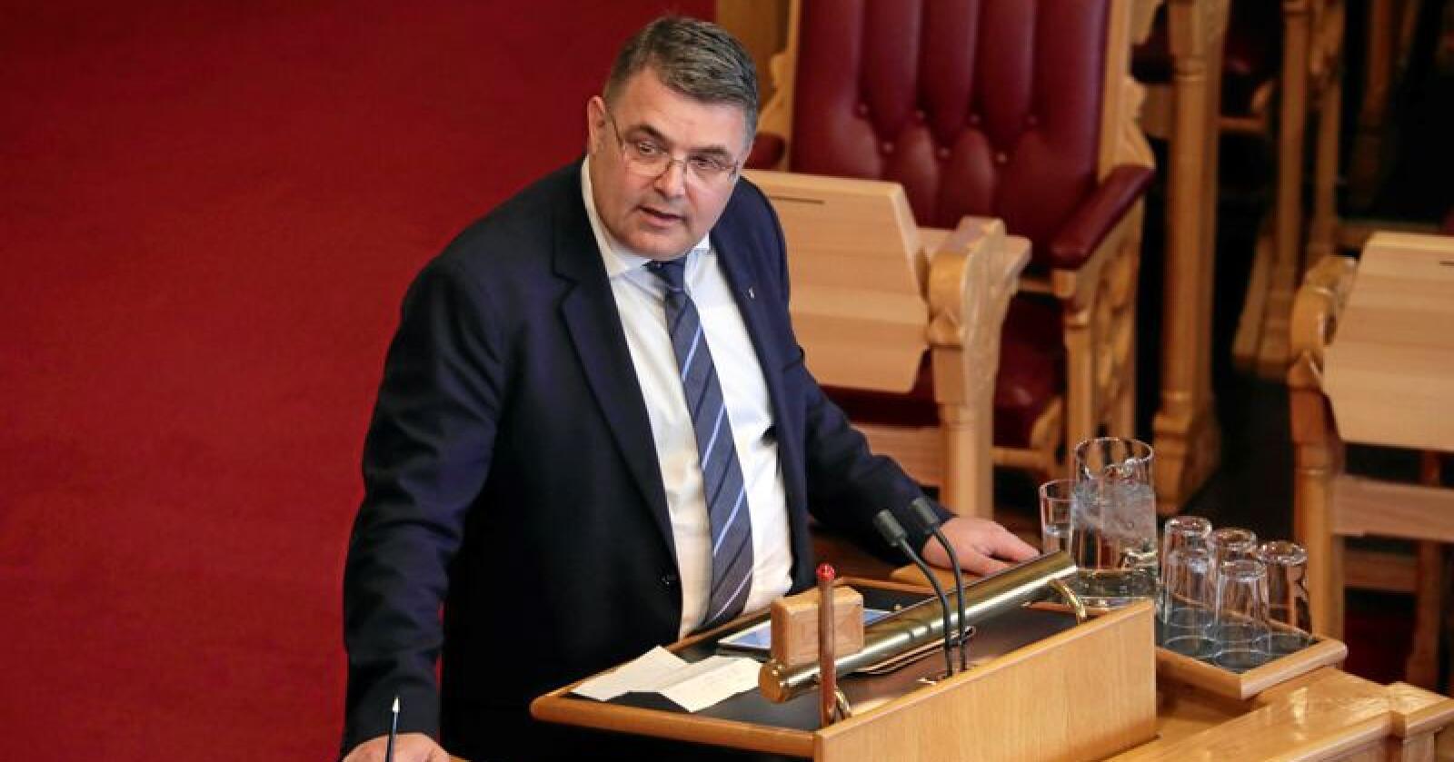 Olje- og energiminister: Kjell-Børge Freiberg bør være mer etterettelig når EUs fjerde energipakke kommer til behandling i Stortinget enn han er i den offentlige debatten nå. Foto: Cornelius Poppe / NTB scanpix