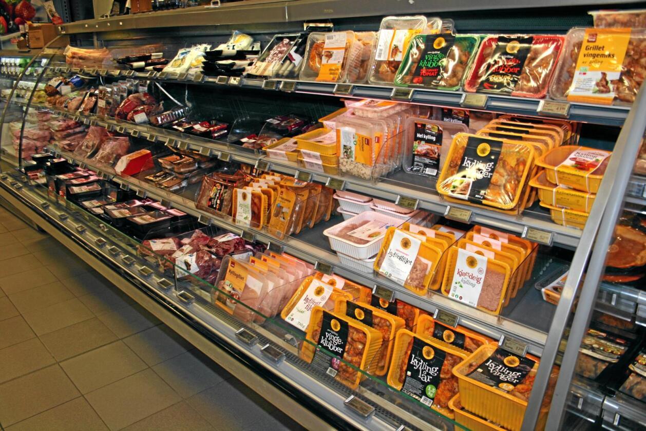 Endringer i forskriften om merking av ferskt kjøtt vil gjøre også svinekjøtt, sau, geit og fjørfekjøtt merkepliktig. Foto: Bjarne Bekkeheien Aase