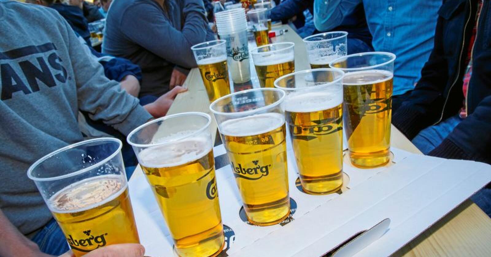 Øyafestivalen håper å redusere mengden plastavfall og bytter fra engangsplast til flerbruksplastglass under årets festival. Foto: Heiko Junge / NTB scanpix