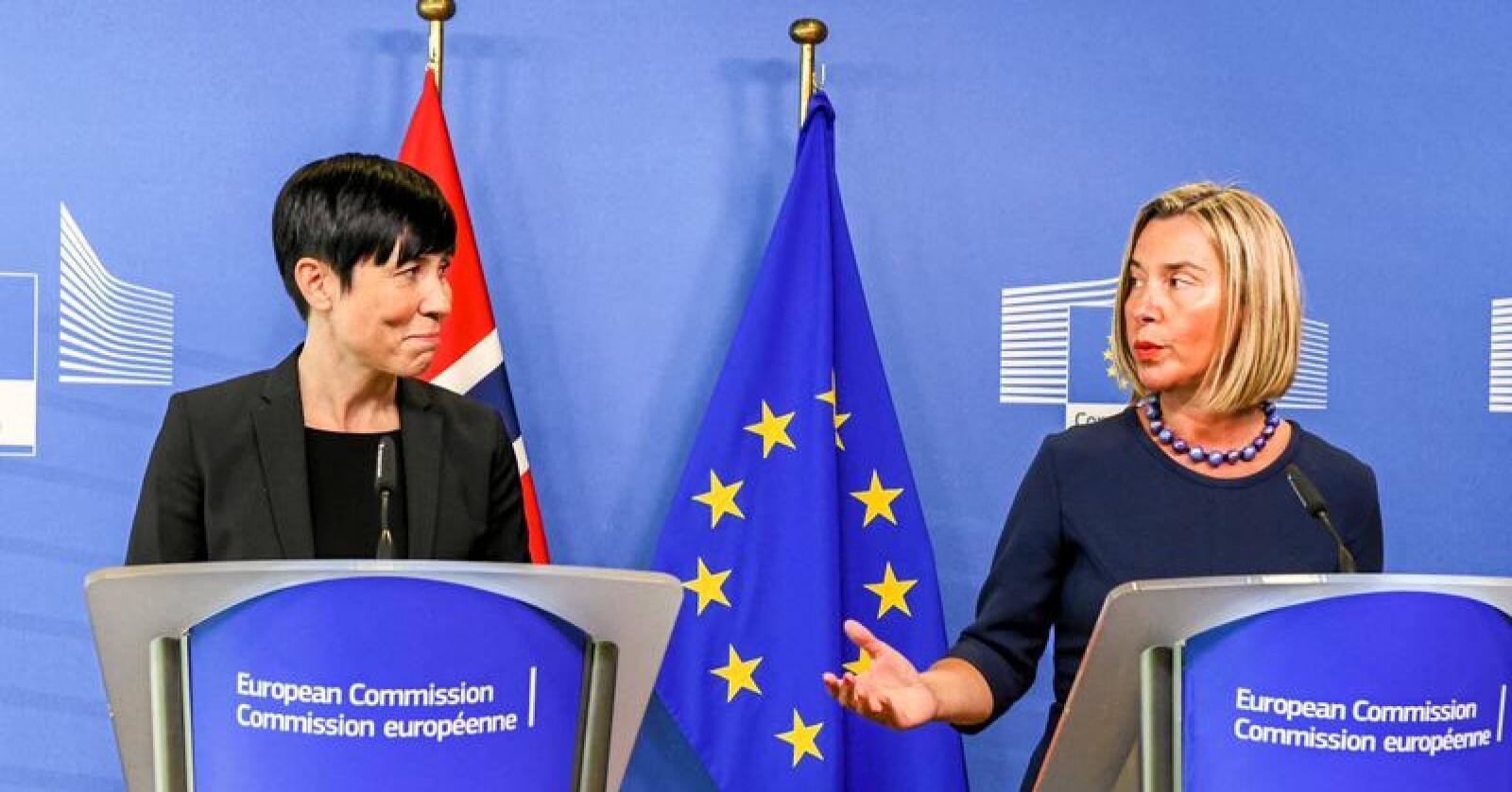 «Eia var vi der»: Utenriksminister Ine Eriksen Søreide under et besøk i Brussel i vår. Her sammen med EUs utenrikssjef Federica Mogherini. Foto: Johan Falnes / NTB scanpix
