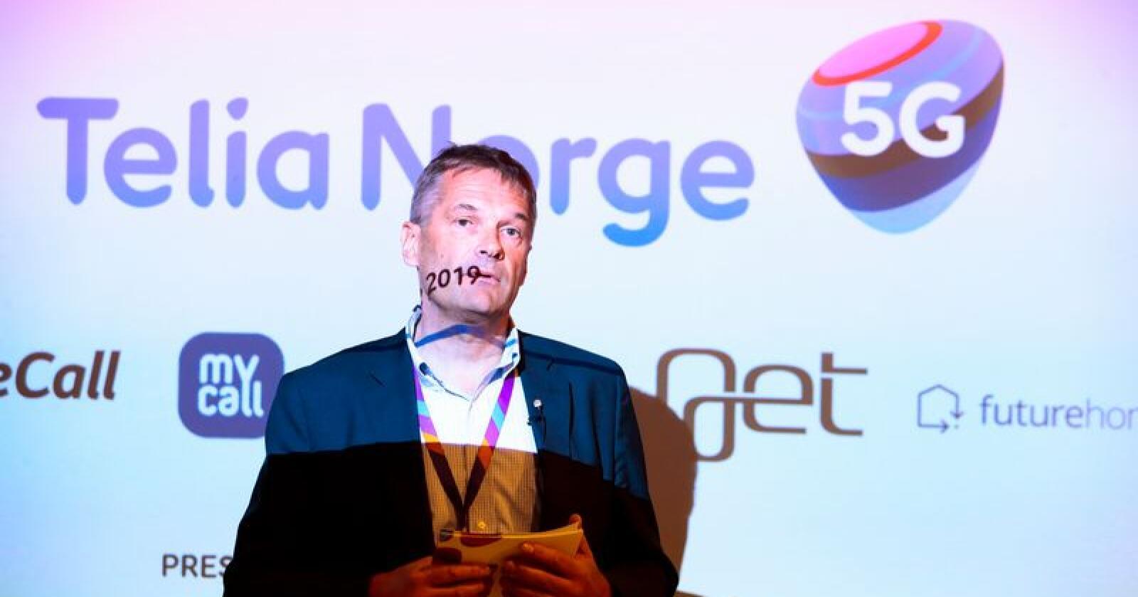Administrerende direktør Abraham Foss i Telia Norge under pressekonferansen om 5G-teknologi i Telias lokaler i Nydalen i Oslo tirsdag. Foto: Håkon Mosvold Larsen / NTB scanpix
