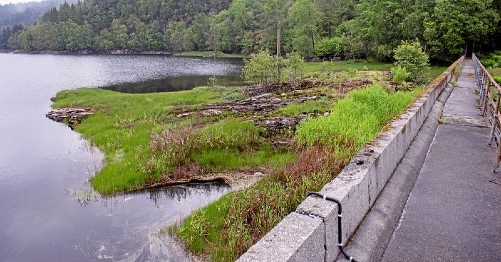 Folk som har drukke vatn frå Kleppe vassverk på Askøy har blitt sjuke. No må folk koke vatn. Foto: Marit Hommedal / NTB scanpix