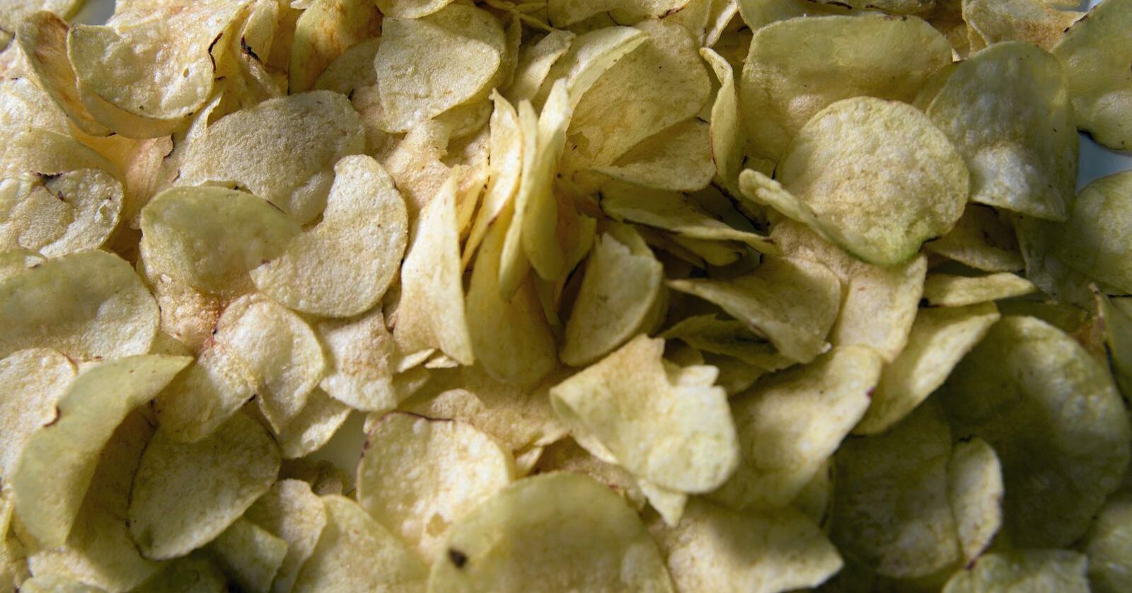 Enkelte potetchipsprodukter har for høyt nivå av det kreftfremkallende stoffet akrylamid. Foto: Terje Bendiksby / NTB scanpix