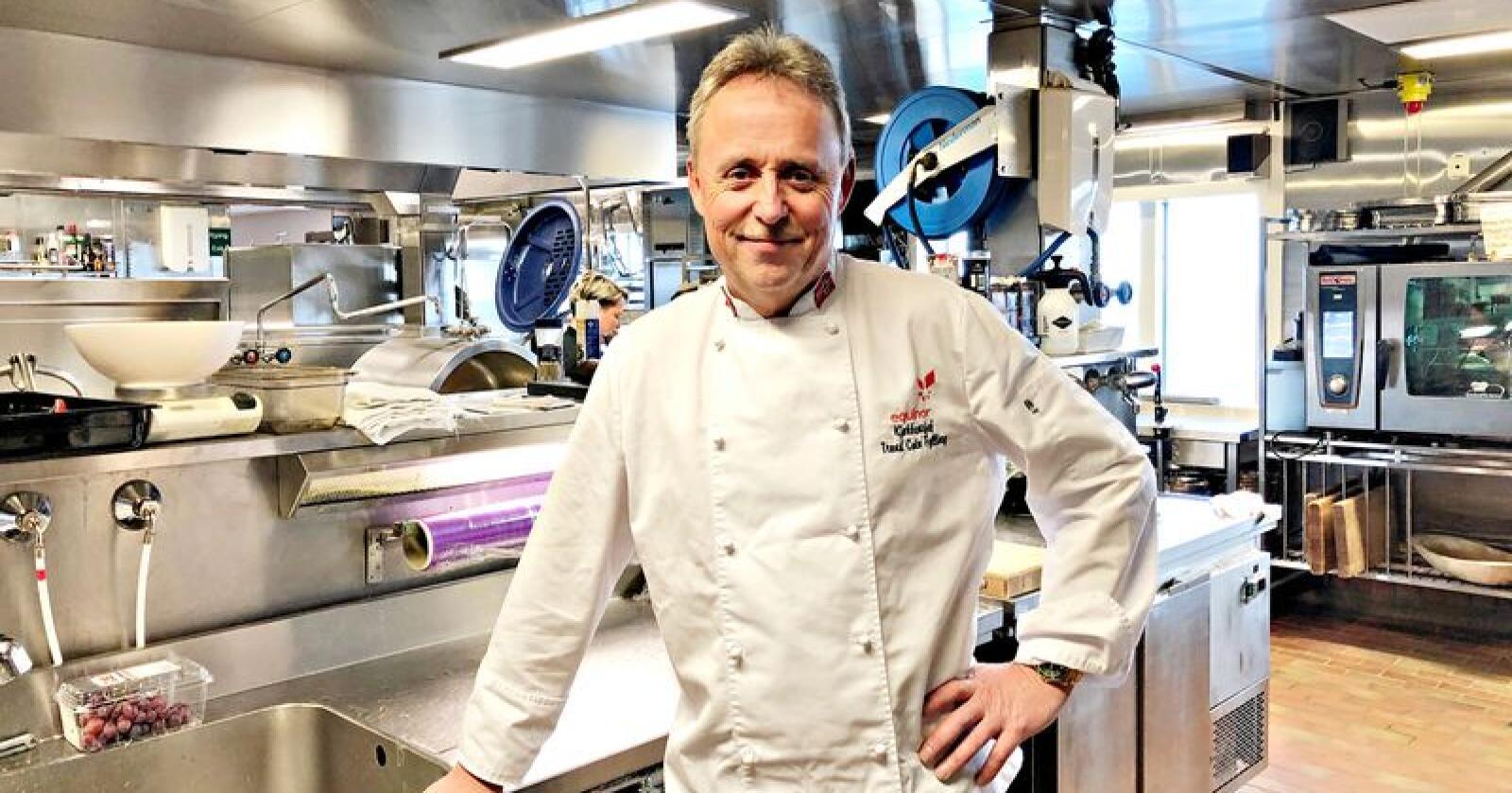 Norsk mat: Trond Cato Fylling jobber for å få mer norsk kjøtt på kjøkkenet sitt på Haltenbanken. (Foto: Privat)