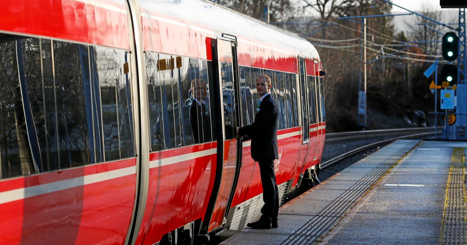 Dersom de rødgrønne partiene vinner stortingsvalget høsten 2021, stanses anbudskonkurransene på togstrekningene i Norge. Foto: Jan Kåre Ness / NTB scanpix