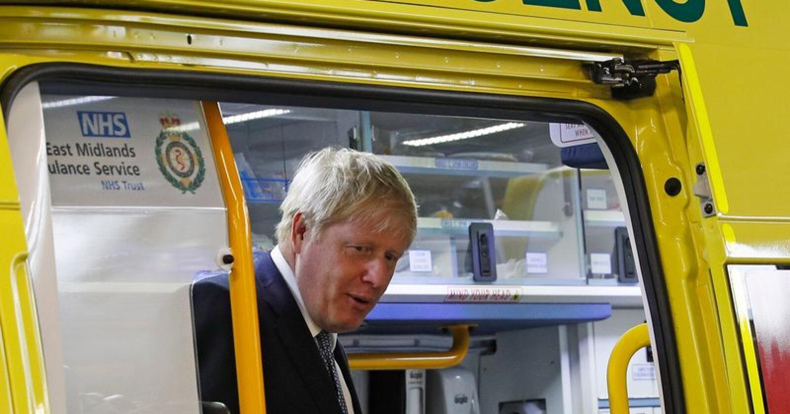 Statsminister Boris Johnson forbereder Storbritannia på å forlate EU uten avtale og har tatt initiativ til å etablere en hurtigrute for å sikre landet nødvendige medisiner etter utmeldingen 31. oktober. Foto: Darren Staples/ AP/ NTB scanpix