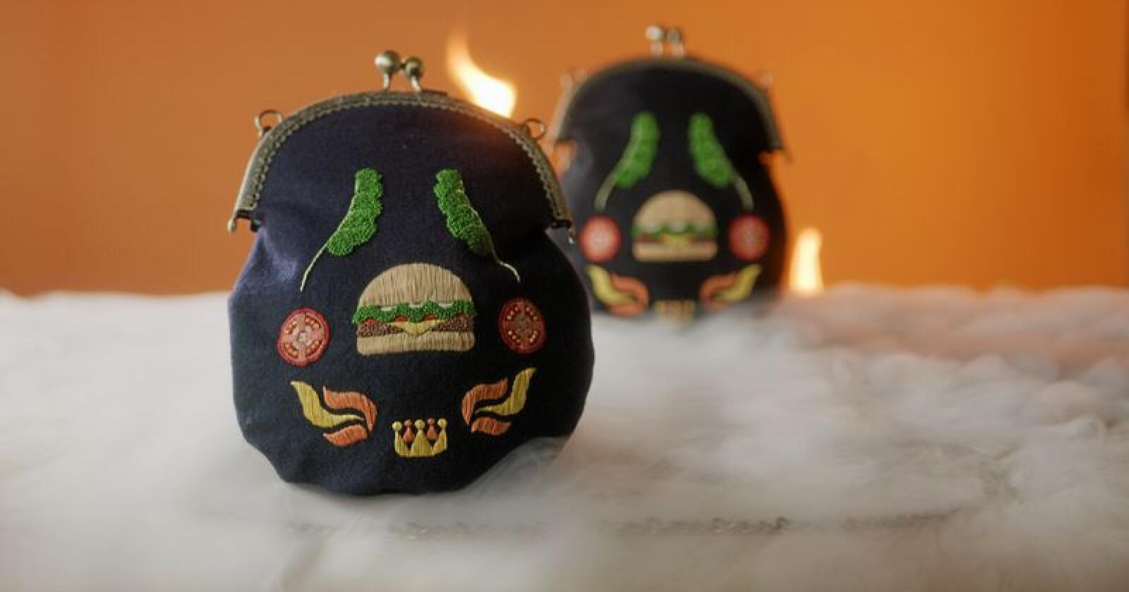 Burger Kings bunadsveske er selvfølgelig prydet med en burger. Men ikke alle er positive til denne måten å frakte 17. mai-måltidet på. Foto: Burger King