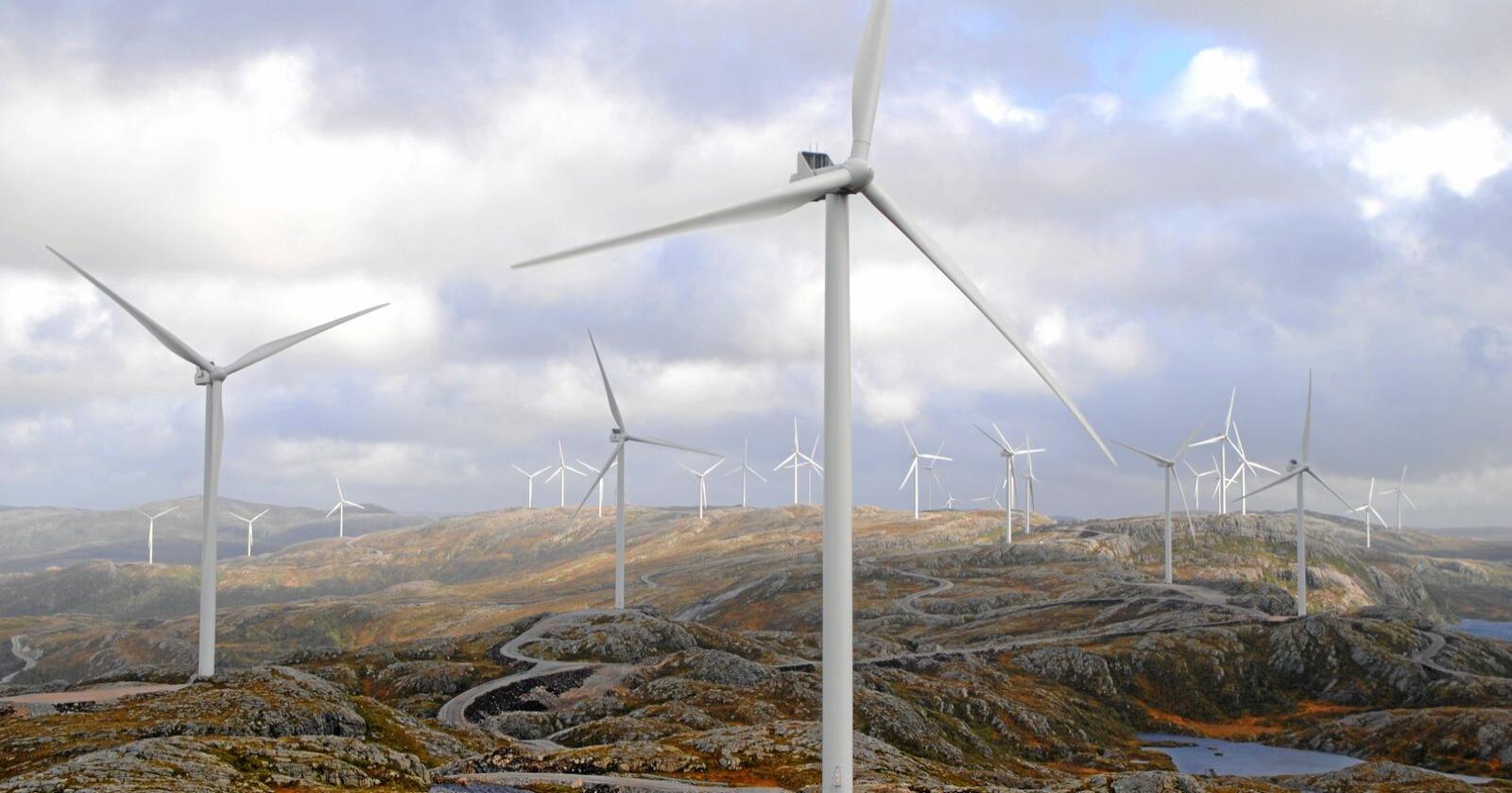 Det er knyttet spenning til hvorvidt vindkraftutbyggingen i Birkenes i Agder får utsette idriftsettelse utover 2021. Illustrasjonsfoto: Lars Bilit Hagen
