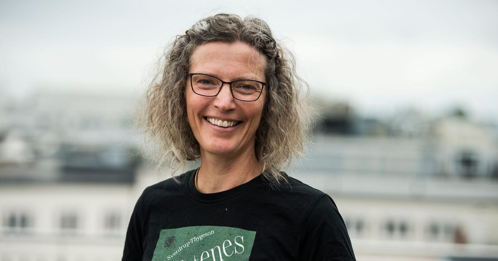 Anne Sverdrup-Thygeson vann Forskingsrådets formidlingspris for å rette lyset mot insekta og kor viktige dei er for oss. Foto: Carina Johansen / NTB