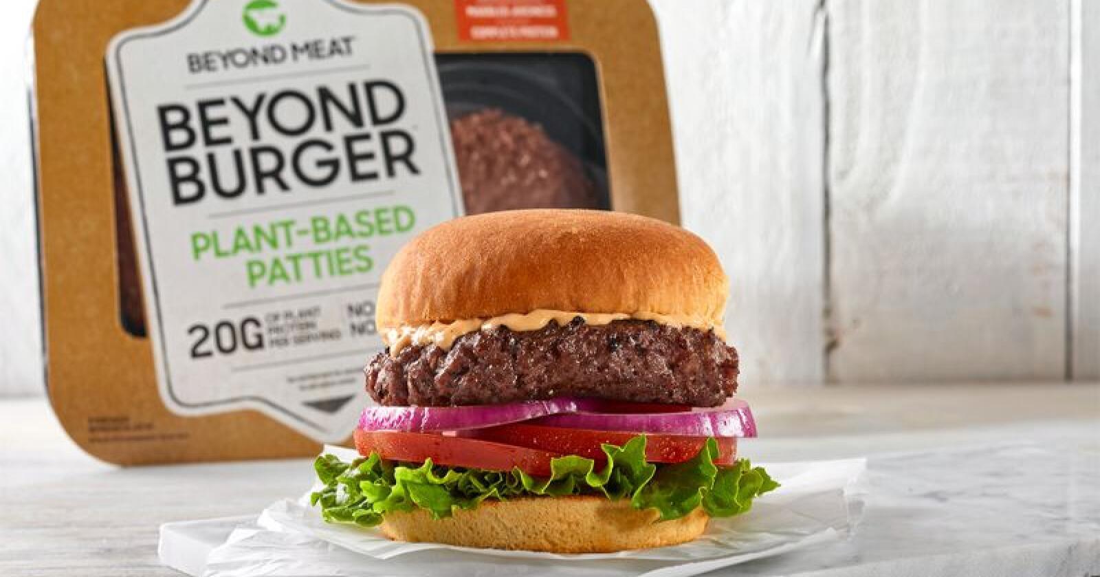Dette er ein plantebasert burger fra Beyond Meat. Foto: Beyond Meat