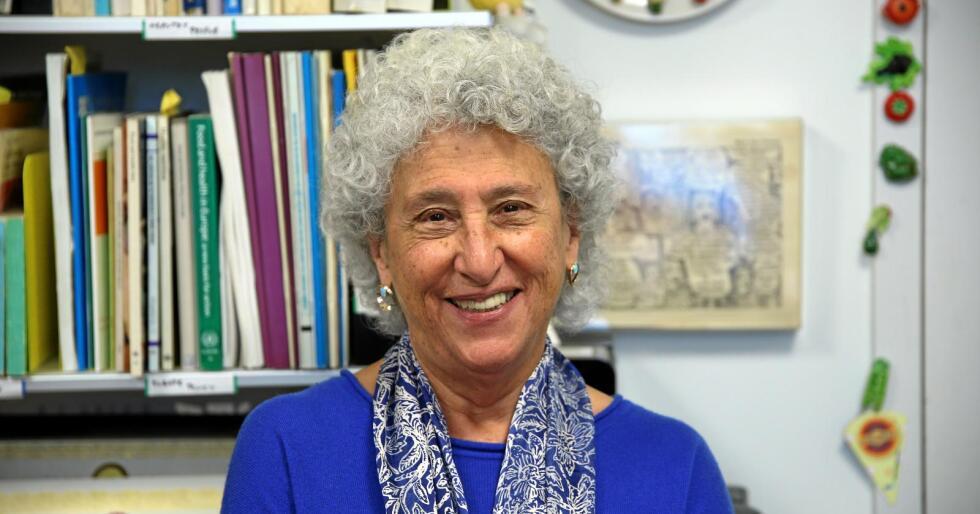 Vaktbikkje: Matprofessor Marion Nestle har vært tidlig på barrikadene i mange av de største mat- og landbrukspolitiske slagene de siste tiårene. Nå tar hun sikte på et nytt slag. Foto: Michael Brøndbo