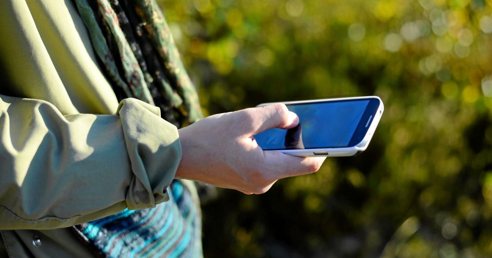 Lenge leve: Å behalda mobilen din ei stund til er bra for klimaet. Foto: Mostphotos