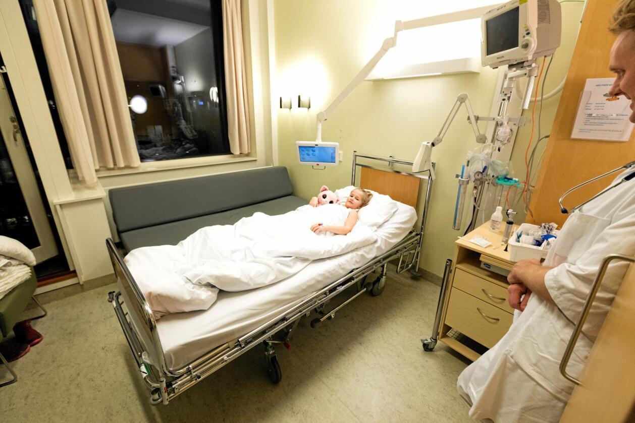 Stor utgiftspost: Me brukar titals milliardar på helsesektoren, inkludert sjukehusa. Er det slik at me ikkje vil ha råd til det i framtida? Foto: Gorm Kallestad / NTB scanpix