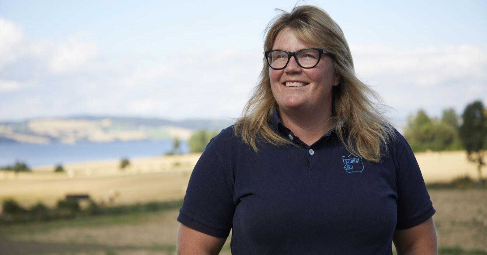 Satsingen til Louise Gjør har ført til mange arbeidsplasser. Neste steg i utviklingen av gårdsutsalget er å videreforedle grønnsaker fra egen produksjon. Foto: Ann Kristin Engebakken