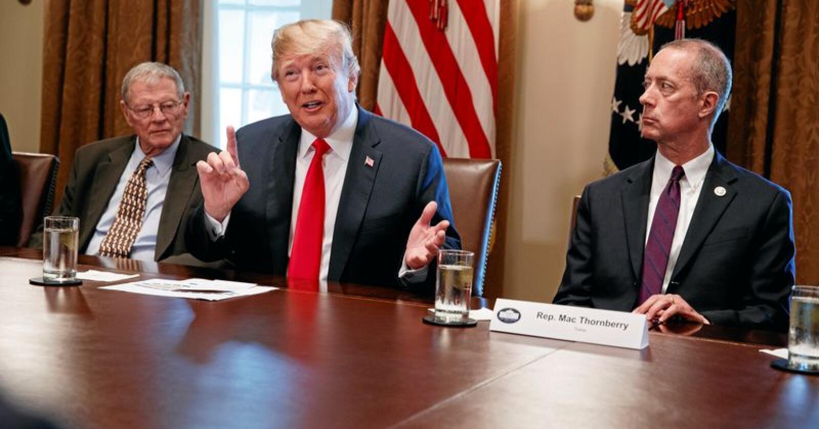 Donald Trump reagerer kraftig på markedsregulering når det ikke er han selv som står bak. Foto: Evan Vucci / AP / NTB Scanpix