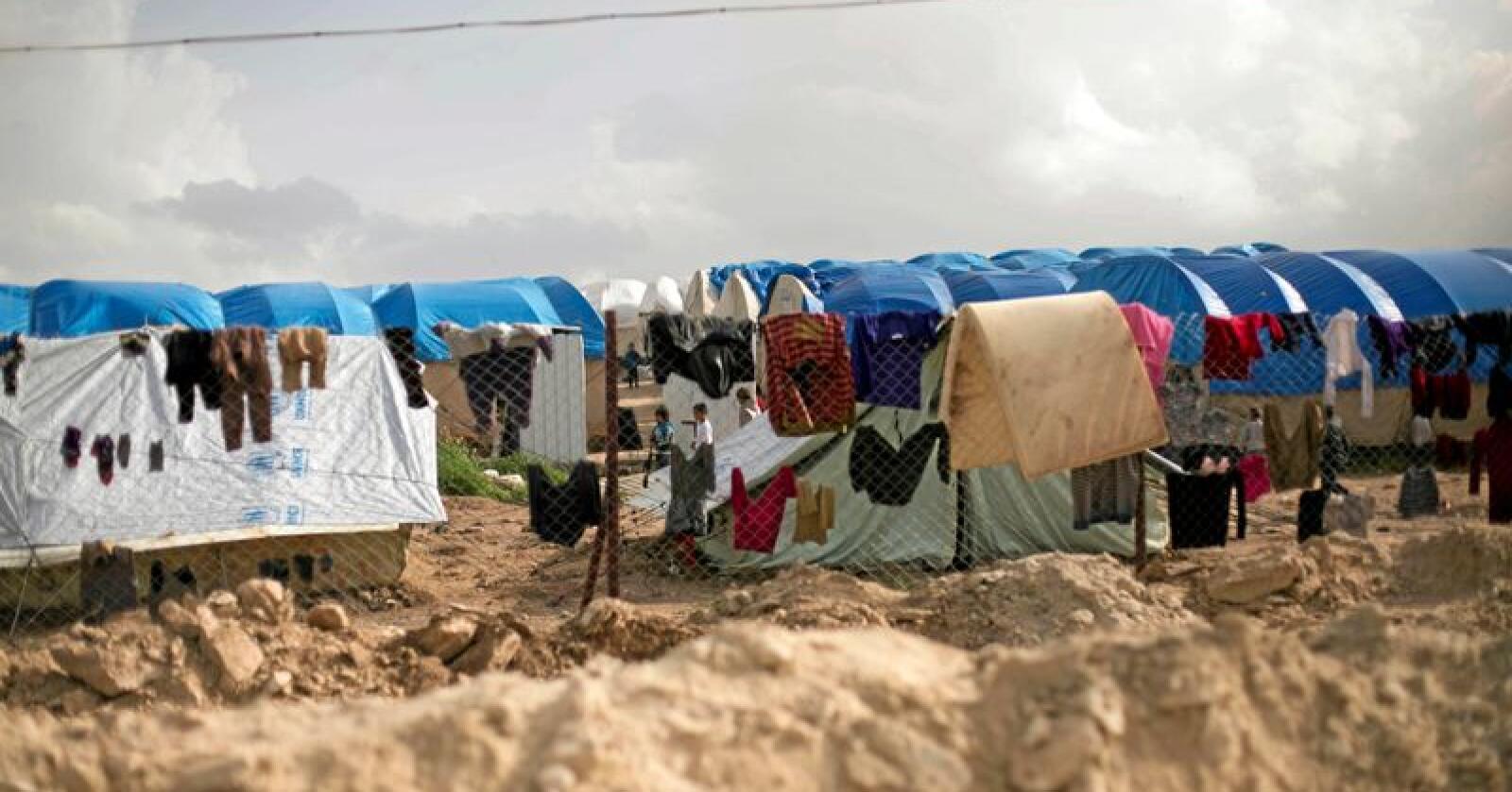 Flyktninger: Barn med norsk statsborgerskap lever under fryktelige forhold i flyktningerleir i Syria. Foto: Maya Alleruzzo/AP/NTB scanpix