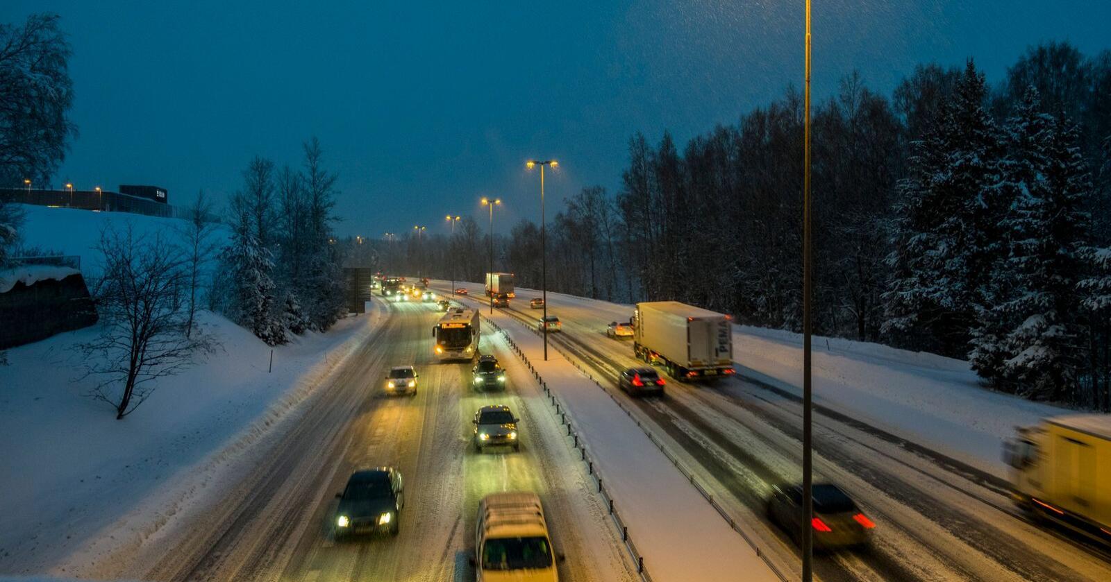 Åtte personer omkom i trafikkulykker i november. I løpet av årets elleve første måneder har 96 personer mistet livet i trafikken. Illustrasjonsfoto: Vidar Ruud / NTB scanpix