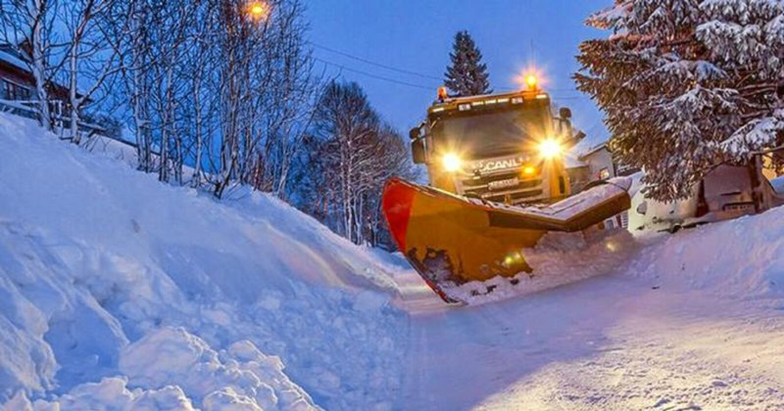 Rekord: Aldri før har det vært brøytet så mye på norske veier som forrige vinter. Foto: Privat